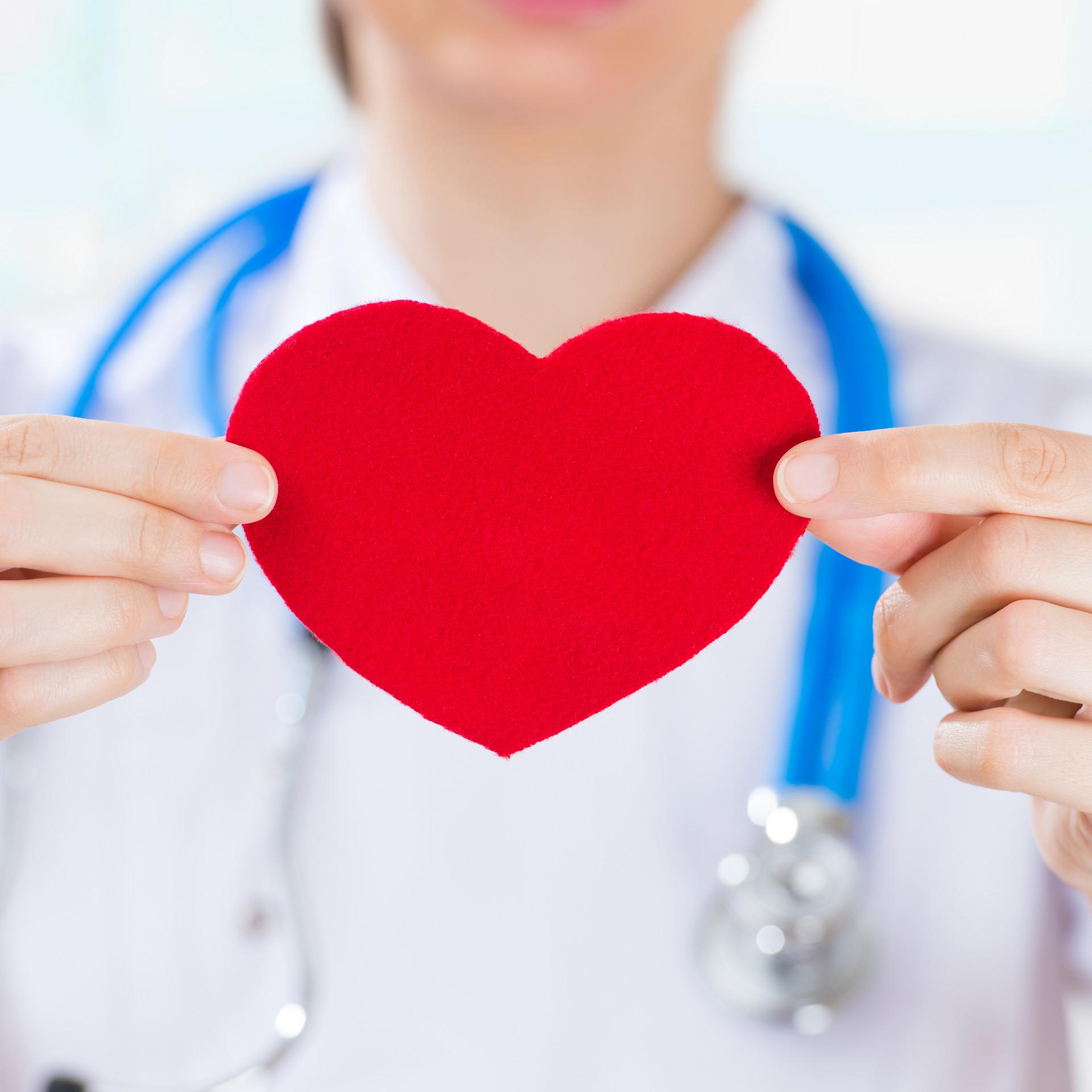 52岁交百万医疗险一年多少钱?比较受欢迎的有哪些